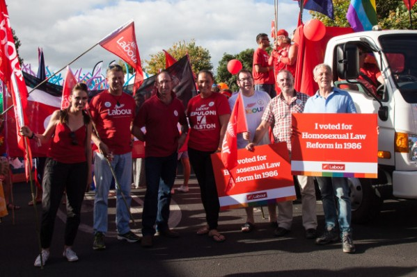 labour-gay-pride-parade-16-620x413