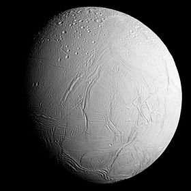 280px-pia17202_-_approaching_enceladus